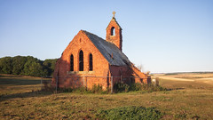 Wolds - Cottam chapel at dawn (Tony McLean) Tags: ©2018tonymclean yorkshirewolds eastyorkshire autumn abandonedchurch ruin leicam240 leica35summiluxfle