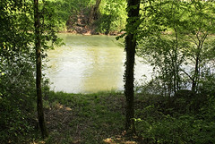 Savoie, 2008 (Joseff_K) Tags: vert verdure rivière river green greenery savoie savoy lawn tree arbre eau water france nikon nikond80 d80 nikkor28mmf28d