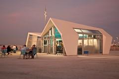 friterie juste après le coucher du soleil (pierre.pruvot2) Tags: france gx80 pasdecalais plagedecalais calais commerce terrasse