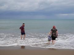 Llangrannog (Dubris) Tags: wales cymru ceredigion llangrannog seaside coast village beach sand paddling family