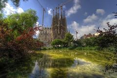 La Sagrada Familia, Barcelona (CloudPhotoz) Tags: sagrada familia barcelone barcelona church cathédrale city ville street lake lac espagne