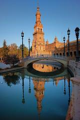 Plaza de España de Sevilla (Dan Haug) Tags: plazadeespaña sevilla spain españa reflections tower expo morning fujifilm xh1 xf1655mmf28rlmwr xf1655mm getty gettyimages