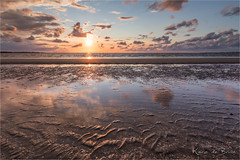 A day with a golden edge! (karindebruin) Tags: hellevoetsluis netherlands rockanje visnetten zonsondergang zuidholland clouds fishingnets sunset wolken nederland reflection reflectie