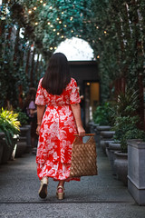 red floral maxi dress, vintage macrame bag, straw wedge sandals-10.jpg (LyddieGal) Tags: loft summer newyork hm wrapdress maxi dress floral fashion style wardrobe vintage weekendstyle outfit red