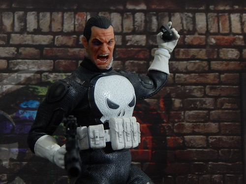mezco punisher special ops exclusive one12 112 (Photo: theskullreviews on Flickr)