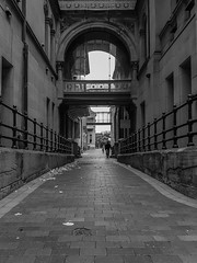20180826_131908 (Damir Govorcin Photography) Tags: sydney hospitaleye hospital macquarie street blackwhite monochrome samsung s7 natural light leading lines composition
