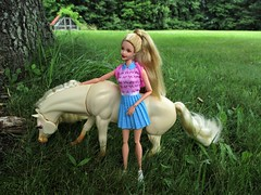 Tori & Nibbles (flores272) Tags: generationgirl generationgirltori nibbles horse barbiehorse outdoors barbie barbiedoll doll dolls toy toys