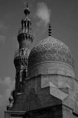 Highness (Ghada Elchazly) Tags: egypt old cairo oldcairo texture blackandwhite mosques photo photography photostream everydayphoto islamic islamicarchitecture islamicart