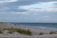 Grenen (evisdotter) Tags: grenen sandstrand beach people sky water waves landscape seascape evening sooc skagen kattegatt danmark
