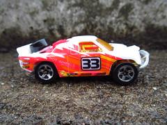 OFF TRACKER (MAJOR FORDSON) Tags: hotwheels 4x4