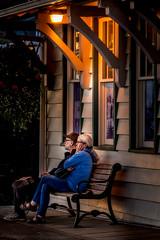 Watching the sunset (Repp1) Tags: bc canada take35 whiterock couple elderly sunset coucherdusoliel coupledepersonnesâgées trainstation gare bench banc light lumière