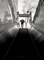 Exit (carlos_ar2000) Tags: escaleras stairs hombre man silueta silhouette subterraneo subtelineaa subway metro salida exit calle street buenosaires argentina