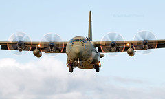 ZH868 - Lockheed Martin Hercules C.4 - BZZ (Seán Noel O'Connell) Tags: royalairforce raf rafbrizenorton zh868 lockheedmartin herculesc4 bzz egvn rrr182