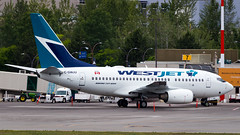 Boeing 737-6CT C-GWJU WestJet (William Musculus) Tags: airport spotting kelowna international ylw cylw cgwju westjet boeing 7376ct 737600 ws wja