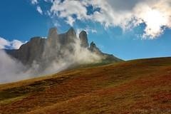 Il soffio della vita (giobertaskin) Tags: pendio orografiche nubi nube morning mattino vita soffio dolomiti dolomites canoneos5dmklll canoneos canon