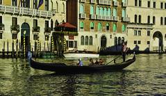 Venedig - Impressions from Venice (5) (Kat-i) Tags: venedig venice venezia italien italy wasser water häuser buildings himmel sky boote boats unescoweltkulturerbe unescoworldheritage unesco stadt city wasserstrasen channels kanöle nikon1v1 kati katharina