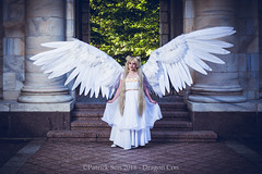 PS108890 (Patcave) Tags: dragon con dragoncon 2018 dragoncon2018 cosplay cosplayer cosplayers costume costumers costumes sailor moon senshi neo queen serenity princess supersenshi anime manga usagi wings white