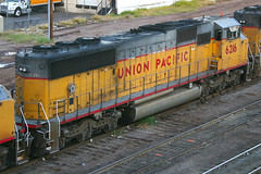 6216, Phoenix, October 30th 2004 (Southsea_Matt) Tags: 6216 unionpacific emd sd60 phoenix arizona unitedstatesofamerica usa canon 10d october 2004 autumn train railway railroad vehicle transport freight