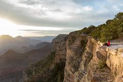 Sunrise from Yavapai Point, Grand Canyon (christelhphotographies) Tags: arizona aube aurora aurore dawn grandcanyonnationalpark leverdesoleil noname paysage sunset usa vertigineux vertiginous cliff landscape view