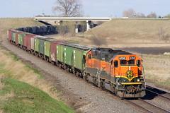 BNSF 6795 Hawley 22 Apr 06 (AK Ween) Tags: bnsf bnsf6795 emd sd402 hawley minnesota staplessub graintrain train railroad