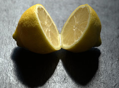 Split Lemon (Tony Worrall) Tags: add tag ©2018tonyworrall images photos photograff things uk england food foodie grub eat eaten taste tasty cook cooked iatethis foodporn foodpictures picturesoffood dish dishes menu plate plated made ingrediants nice flavour foodophile x yummy make tasted meal nutritional freshtaste foodstuff cuisine nourishment nutriments provisions ration refreshment store sustenance fare foodstuffs meals snacks bites chow cookery diet eatable forsale stock buy image foodphotography buynow sale sell lemon split half juice juicy yellow