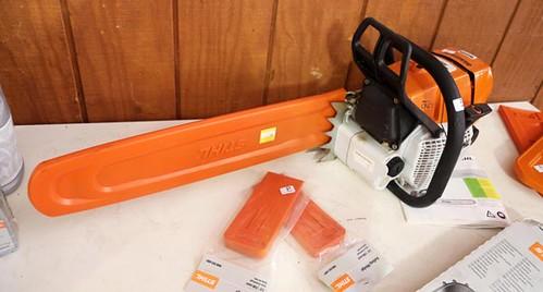 Like-New STIHL MS 660 Chain Saw ($952.00)