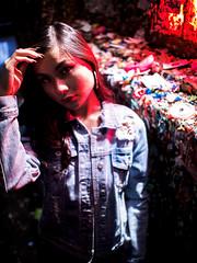 20170916 - 06 - Seattle - Jasmine at the Pike Place Market (Kayhadrin) Tags: jasminedonor pikeplacemarket seattle washingtonstate jazzeyd night photoshoot visall washington unitedstates
