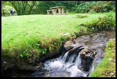Picnic Area and Stream (zweiblumen) Tags: stream picnicarea tanybwlchgwyneddwalescymruukcanon eos 50dpolarisercanon speedlite 430ex ii zweiblumen