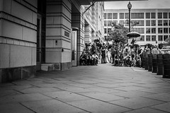 Stakeout (Phil Roeder) Tags: washingtondc courthouse newsmedia media georgepapadopoulos trump antitrump blackandwhite monochrome leicax2 leica