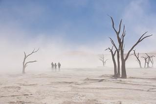 Sandsturm im Tal/ Sandstorm in the valley