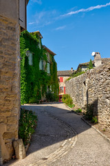winding road (PhilHydePhotos) Tags: architecture buildings france lesplusbeauxvillagesdefrance puycelci southoffrance themostbeautifulvillagesoffrance bâtiments