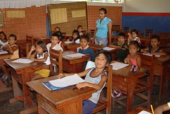 Bright eyes  .  .  . (ericrstoner) Tags: school escola amazon amazônia tapajósarapiunsextractivereserve resextapajósarapiuns children crianças students alunos surucuá