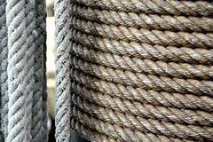 Cuerdas (1) (miguel.bo) Tags: cuerda rope barcos ship textura