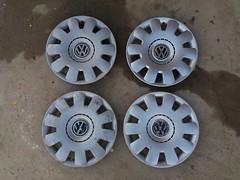 VW copy wheel trim (Murga_001) Tags: vw volkswagen car hubcap wheel trim ratkapne copy aftermarket set paint