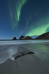 """A night at the beach"" (Ronny Årbekk - http://arcticphotography.no) Tags: scenic earthnight ngc cffaa specland flickrsbest auroraborealis northernlights nordlys norrsken arctic norway norge nordnorge norwegen night nightphotography ronnyårbekk ronnyårbekkphotography северноесияние aurora harstad troms northernnorway landscape norwegian norsk norwegianphotographer fotograf visipix nightscapes nikon iamnikon nikonphotography wonderfulworld distagon1528zf distagont2815"