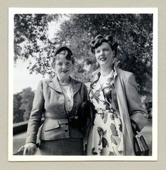 """1950s (Vintage Cars & People) Tags: vintage classic black white """"blackwhite"""" sw photo foto photography girl woman fashion 1930s thirties countryside lady nostalgia dress checkeredsuit ladyssuit femalesuit ladies coat handbad purse raincoat mackintosh mac mack 1950s 50s fifties necklace pearlnecklace pearls"""