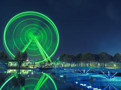 Spinning Light (MomoFotografi) Tags: ferriswheel wheel montreal city landscape bridge