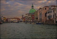 Amanecer en el canal. (antoniocamero21) Tags: amanecer paisaje foto color sony canal nubes puente venecia veneto italia laguna