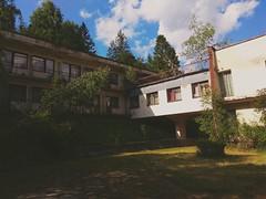 """Opuszczony dom wczasowy """"Gronik"""" / Abandoned hotel """"Gronik"""" (Krzysztof Bergier) Tags: abandoned urbex hotel wisla beskidy mountains krzysztofbergier"""