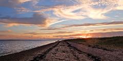 Sunset - (rotraud_71) Tags: föhr nordsee northsea sky clouds
