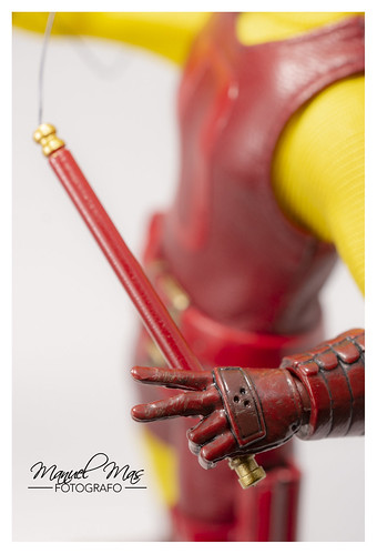 mezco one12 review actionfigure daredevil classicvariant... (Photo: manumasfotografo on Flickr)