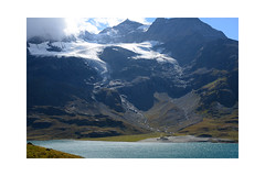 Road trip: Bernina (balu51) Tags: ausflug nachmittag landschaft berge gletscher eis bergsee see wasser himmel wolken 60mm roadtrip mountainpass afternoon landscape mountain glacier ice lake mountainlake water sky clouds grey blue white autumn graubünden engadin bernina september 2018 copyrightbybalu51