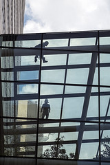 Window Cleaners (syf22) Tags: asia fareast korea southkorea seoul city cityscape citystreet citycentre cityscene cityarchitecture modern modernarchitecture glass skyscraper skyline cityskyline busy commercial offices building street structure superstructure worker cleaner climber earthasia