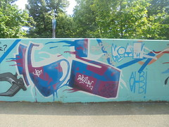 461 (en-ri) Tags: rufus cs viola blu bianco torino wall muro graffiti writing albi moans bortz azzurro