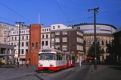 Die Airport-Uni-Linie (trainspotter64) Tags: strasenbahn streetcar tram tramway tranvia tramvaj tramwaje stadtbahn bremen hansestadt bsag gt4 wegmann