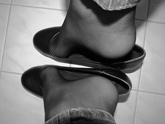 Castaluna leather pumps - vintage look (Isabelle.Sandrine2001) Tags: legs feet shoes pumps shoeplay dangling nylons stockings ballet flats ballerinas tattoo