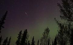 Iridium Satellite Flare (Katy on the Tundra) Tags: iridiumsatellite iridiumsatelliteflare nightsky northernlights auroraborealis flarewell