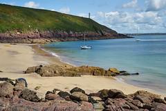 Dale -254 (Gilles_Ollivier_GeO) Tags: sony bay a7rii watwick beach wales cymru