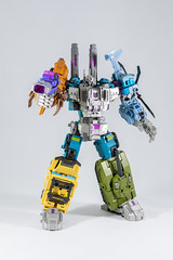 DSC07729 (KayOne73) Tags: iron factory combaticons bruticus combiner legends class war giant