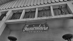 paneau funiculaire 2 (sebastien.demotier) Tags: funiculaire ancien montdore rails auvergne france ancient vieux noir blanc black white blacknwhite